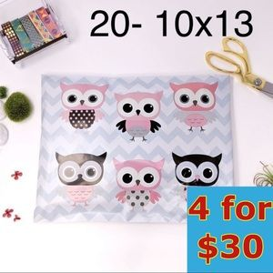 20- 10x13 Owl Design Poly Mailers